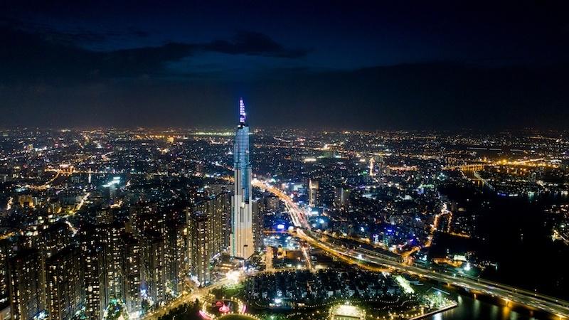 Dàn sao khủng Vbiz hội tụ tại 'Kinh đô ánh sáng' Vincom Center Landmark 81