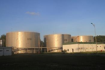 nha may nlsh dung quat xuat ban lo ethanol dau tien