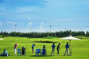 hon 1000 gon thu se tham gia tranh tai tai smic golf challenge tournament 2017