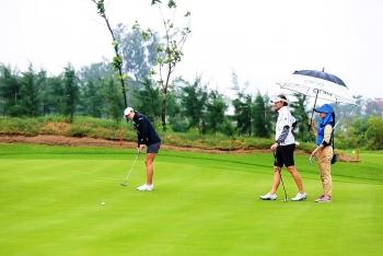 1500 gon thu dang ky thi dau giai flc golf championship 2018