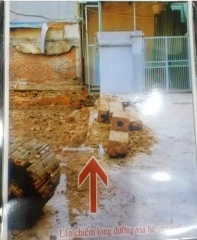Phường Minh Khai có làm ngơ cho xây dựng sai phép, lấn chiếm lối đi chung?
