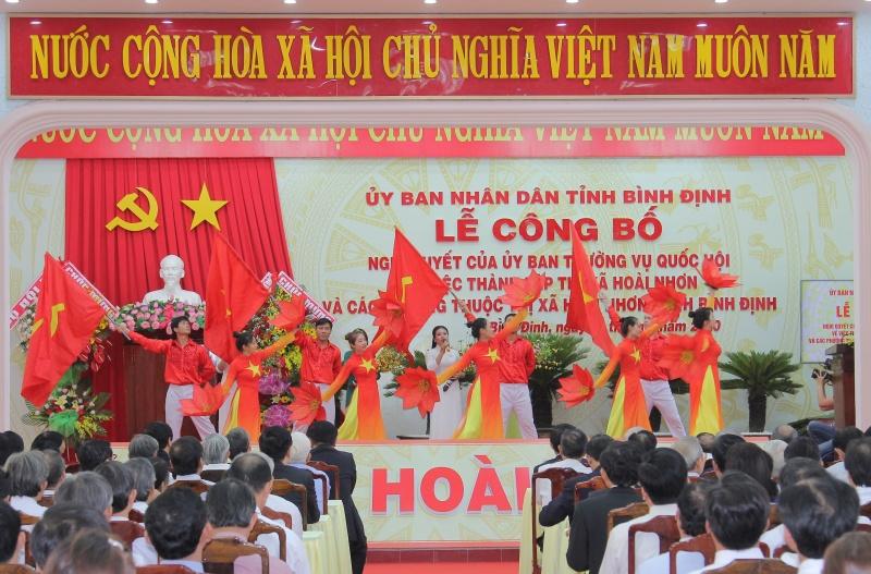 Bình Định: Công bố Nghị quyết thành lập Thị xã Hoài Nhơn