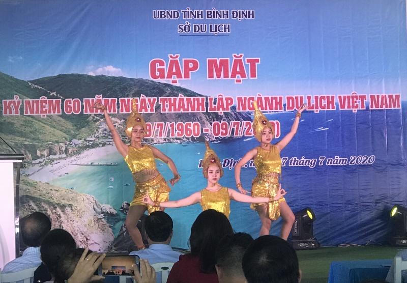 Bình Định: Gặp mặt kỷ niệm 60 năm Ngày thành lập ngành Du lịch