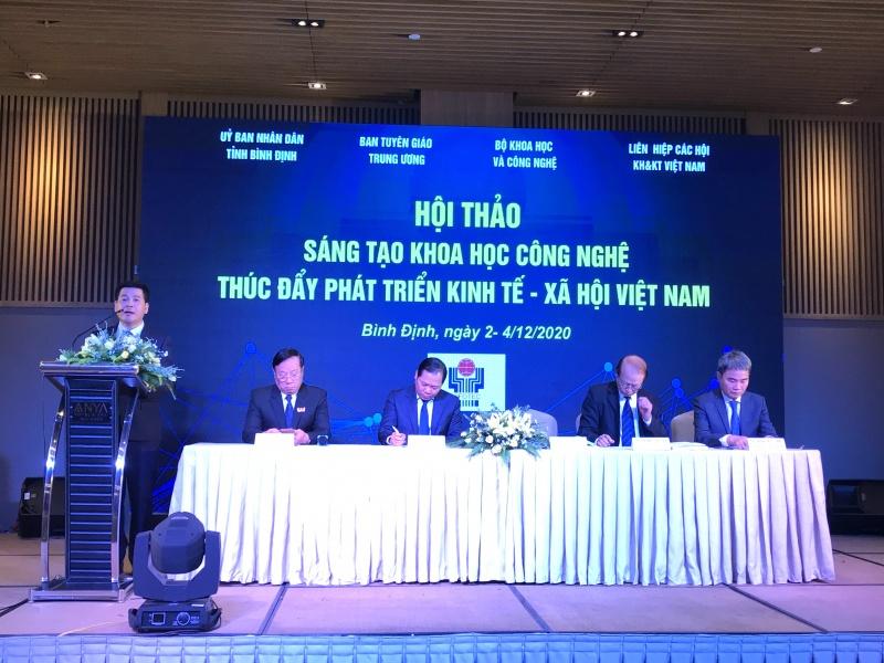 """Bình Định: Hội thảo """"Sáng tạo khoa học công nghệ thúc đẩy phát triển kinh tế - xã hội Việt Nam"""""""