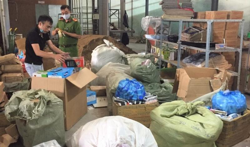 Đà Nẵng tạm giữ 2.379 sản phẩm gia dụng nhập lậu