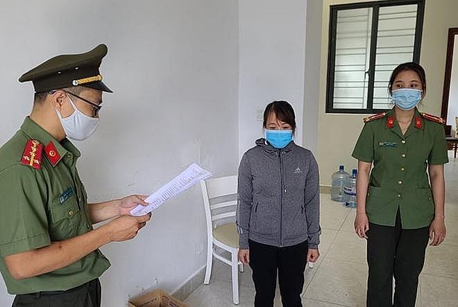 lap doanh nghiep lam vo boc giup nguoi trung quoc nhap canh trai phep
