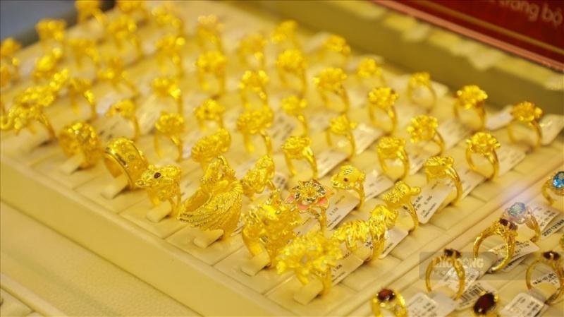 Giá vàng ngày 22/7: Giá vàng trong nước và thế giới giảm
