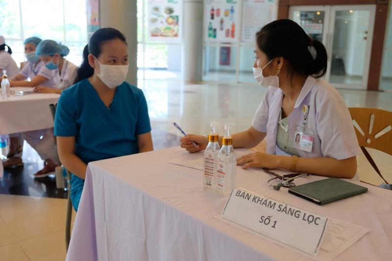 da nang dieu chinh lich tiem vaccine phong covid 19 cho cac doi tuong dang luu tru ngoai tinh