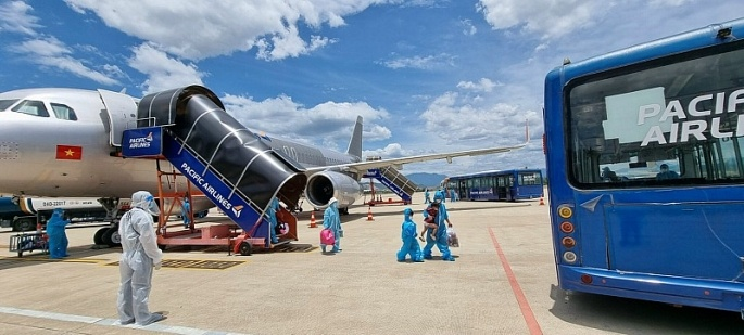 Hướng dẫn tiếp nhận chuyến bay, hành khách khi đến sân bay Đà Nẵng