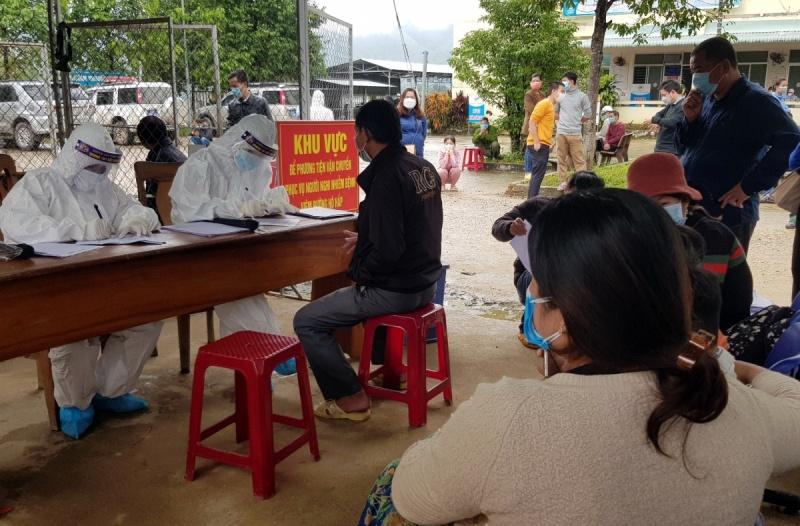 Quảng Nam: Một trường học miền núi có 159 học sinh test nhanh dương tính với SARS-CoV-2