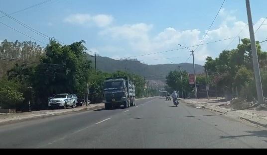 Bình Định: Có hay không những đoàn 'xe vua' trên Quốc lộ 19?