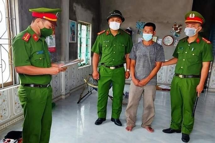 Chủ tịch xã bị đánh vào mặt khi đang kiểm tra phòng chống dịch