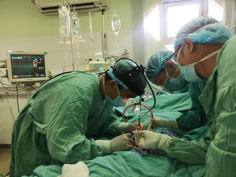 Kỳ tích cứu sống bệnh nhân viêm cơ tim cấp tại bệnh viện Trung ương Huế