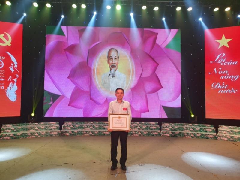 Tổng giám đốc Tập đoàn Bảo Khánh được khen thưởng có thành tích xuất sắc trong thực hiện Chỉ thị 05