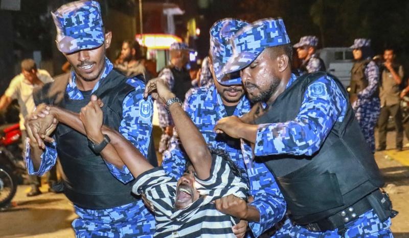 chuyen gi dang xay ra o thien duong du lich maldives