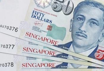 singapore chia tien cho dan do ngan sach thang du
