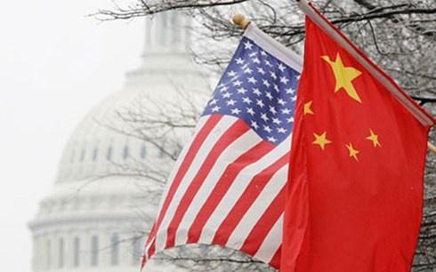 """Mỹ """"nổ súng"""" khai mào cuộc chiến thương mại với Trung Quốc"""