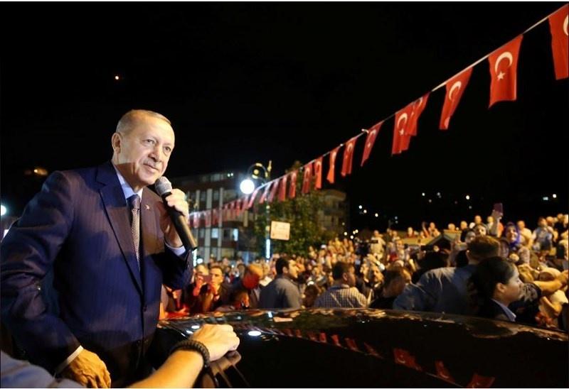 Mỹ đang đẩy đồng minh Thổ Nhĩ Kỳ về phía Nga