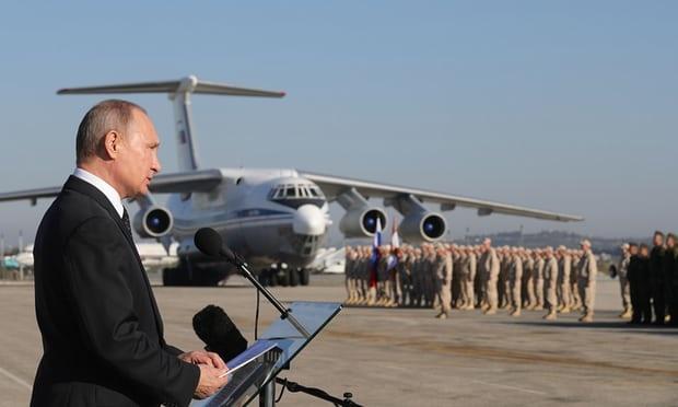 """Putin """"ghi điểm"""" ở Trung Đông"""
