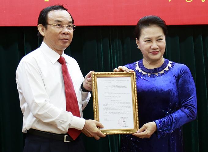 Nghĩ về quyết định của ông Nguyễn Văn Nên