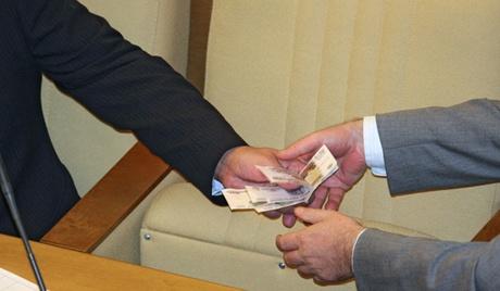 Nga: Sẽ tịch thu nếu tài sản không chứng minh được nguồn gốc