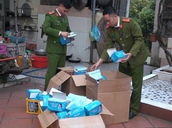 Quảng  Ninh: Gom khẩu trang y tế để xuất lậu sang Trung Quốc
