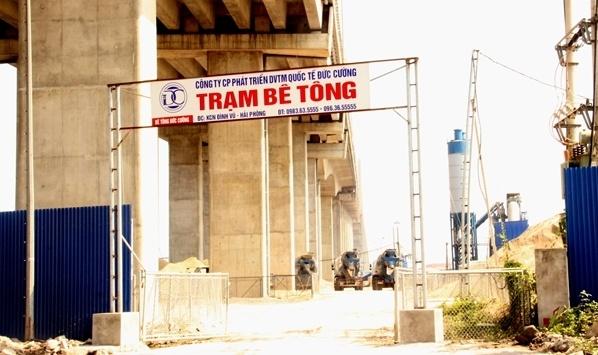 Cầu nghìn tỷ nối Hải Phòng với Quảng Ninh bị uy hiếp, bao giờ mới xử lý dứt điểm?