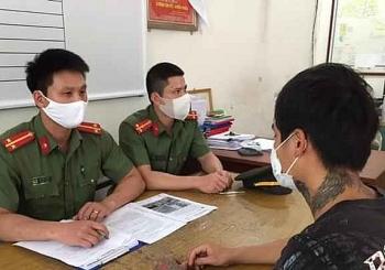 """Tung tin """"hút thuốc lá điện tử chống Covid-19"""", nam thanh niên ở Hải Phòng bị xử phạt"""