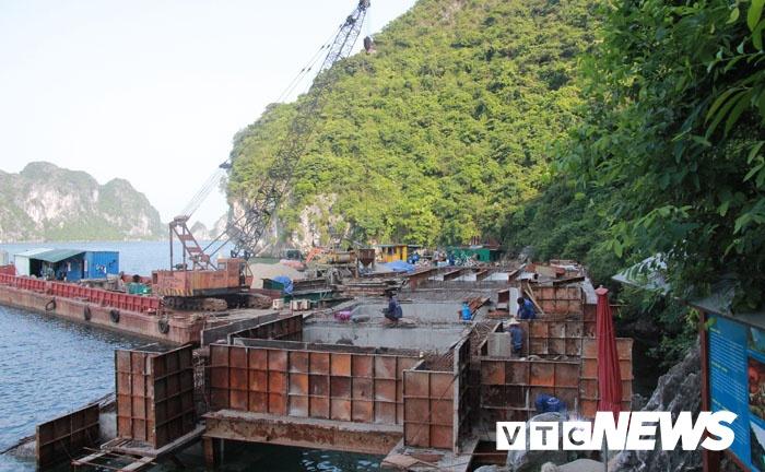 Bộ VHTT&DL chỉ đạo kiểm tra một số công trình trên Vịnh Hạ Long