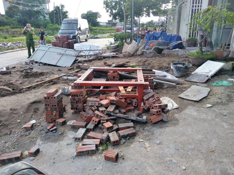 """Quảng Ninh: 2 nhóm côn đồ mang theo vũ khí """"nóng"""" truy sát nhau"""
