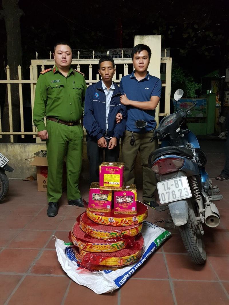 Quảng Ninh: Bắt quả tang nam thanh niên mua bán trái phép pháo nổ