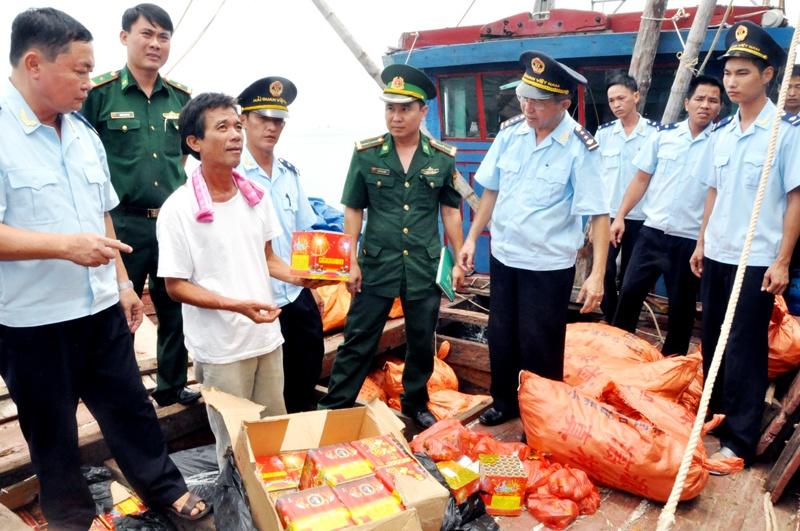 Quảng Ninh tăng cường đấu tranh chống buôn lậu những tháng cuối năm