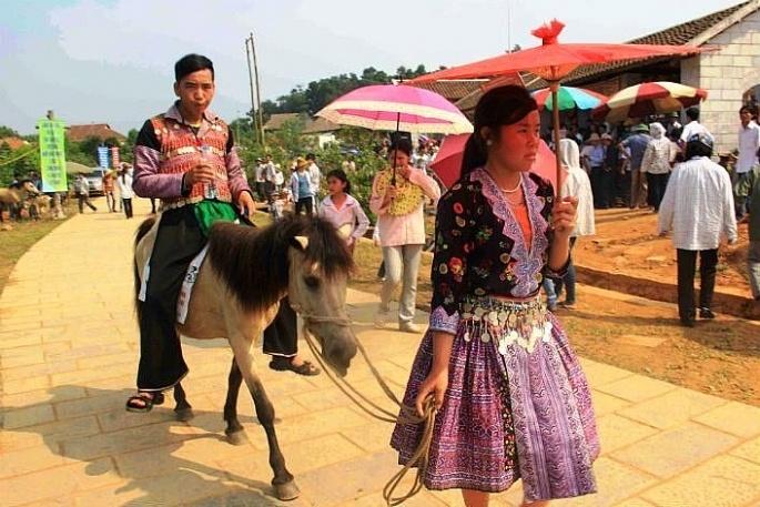 Chợ và hội chợ, nét văn hóa riêng của vùng cao