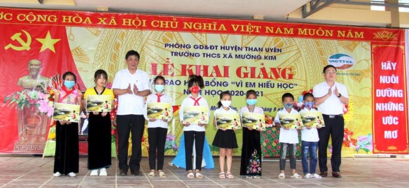 Lai Châu: huyện Than Uyên đẩy mạnh phong trào khuyến học, khuyến tài