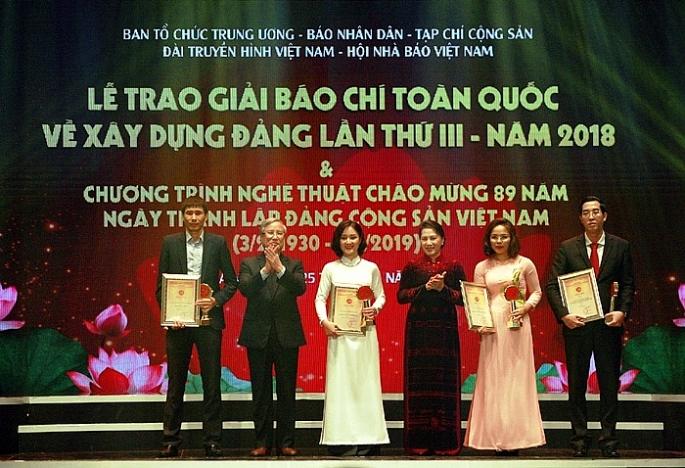 thong bao ve giai bao chi toan quoc bua liem vang lan thu iv nam 2019