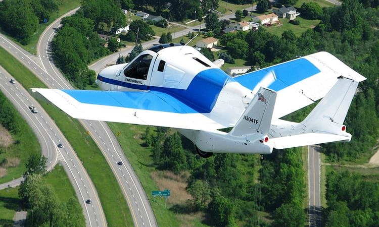 Mỹ cấp phép ôtô bay 160 km/h