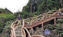 Đường lên núi 2.000 bậc ở Tràng An Cổ xây dựng trái phép thế nào