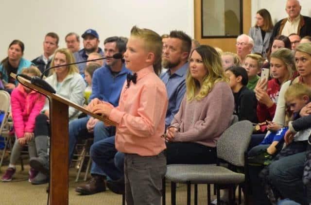 Dane Best, cậu bé 9 tuổi đã thuyết phục Hội đồng thành phố thay đổi luật