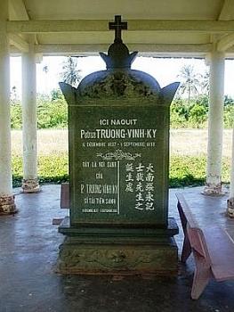 truong vinh ky ngoi nha co be the trong lang bao chi viet nam phan ii