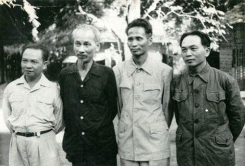 Những bài học lớn từ nhà cách mạng, nhà báo Trường Chinh (phần II)