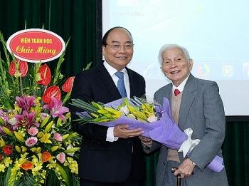 Vĩnh biệt GS Hoàng Tụy
