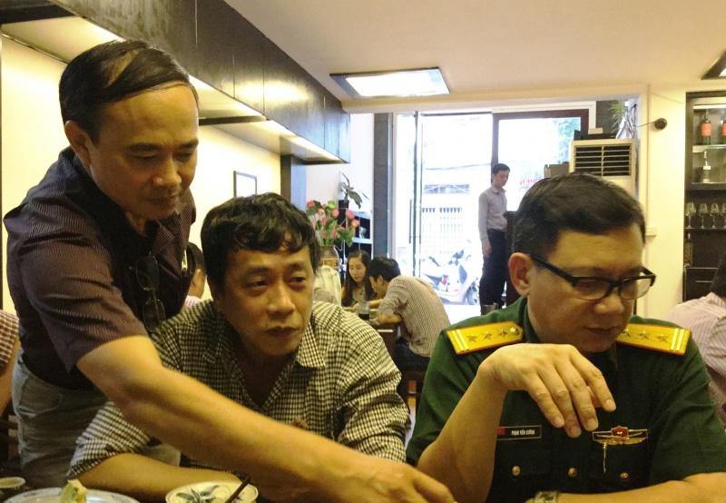 Nguyễn Bình Phương đi học Trường viết văn Nguyễn Du