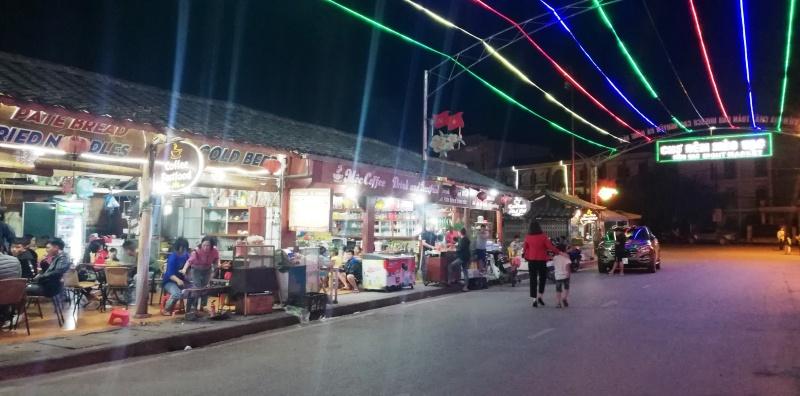 Độc đáo chợ đêm huyện vùng cao Mèo Vạc