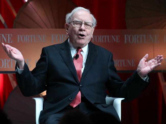 Warren Buffett dành  lời khuyên cho lính mới trên thị trường chứng khoán