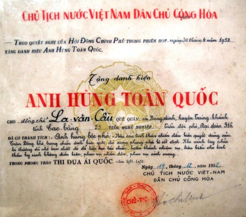 Những kỷ niệm về anh hùng quân đội La Văn Cầu (phần I)