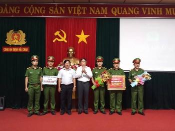thuong nong cong an hai chau pha chuyen an tang tru hon 1 kg ma tuy va thuoc lac