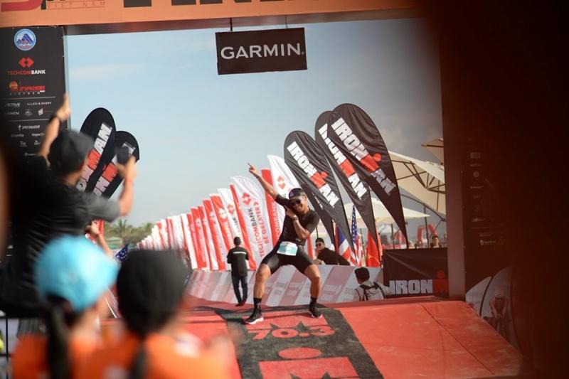 2.200 vận động viên tham gia đường đua khắc nghiệt IRONMAN 70.3 tổ chức tại Đà Nẵng