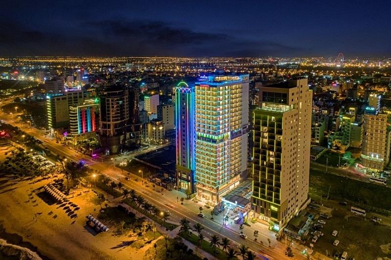 """Khách sạn TMS Hotel Da Nang Beach: Được biết đến với những giá trị 'vàng"""""""