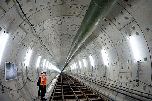 Metro Sài Gòn 'đói' vốn trách nhiệm thuộc về ai ?
