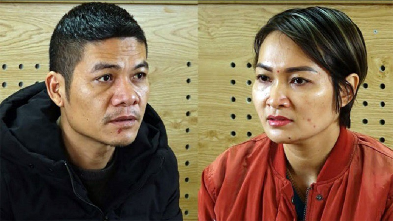 khoi to hai doi tuong van chuyen 23 banh heroin